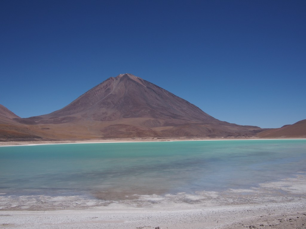 Laguna Verde, at the foot of volcano Lincancabur